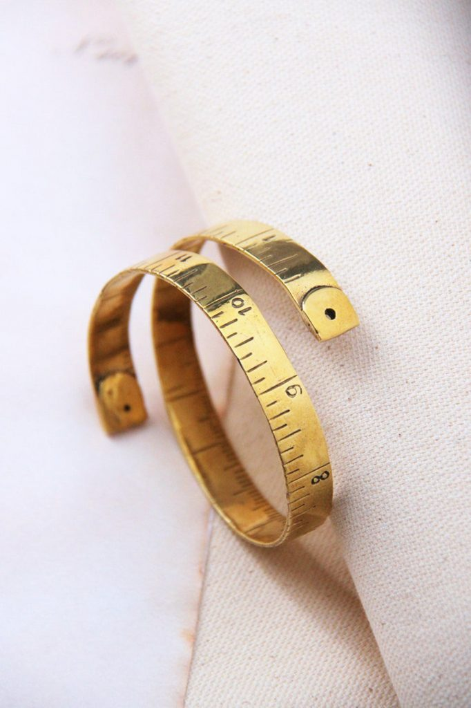bracelet tape measure
